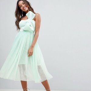 Strapless bow mint green dress